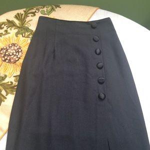 👗Long black slit skirt